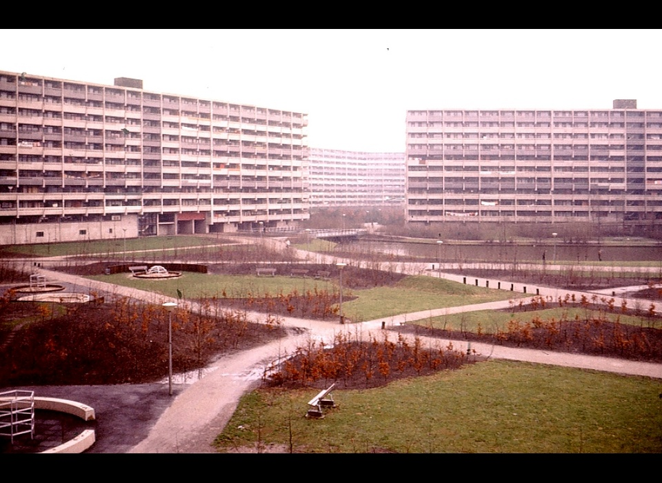 flats D- en F-zone Fleerde Develstein (1977)